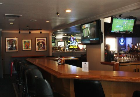 Crosby's Tavern, We've got the NFL package - Come watch the game!